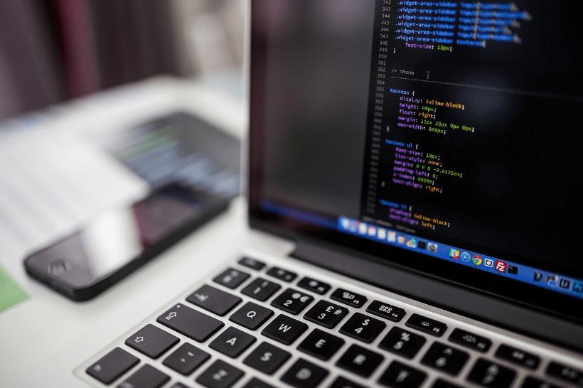 CSSとは?Web開発に必要なスタイルシートの書き方【初心者向け】のメインビジュアル画像