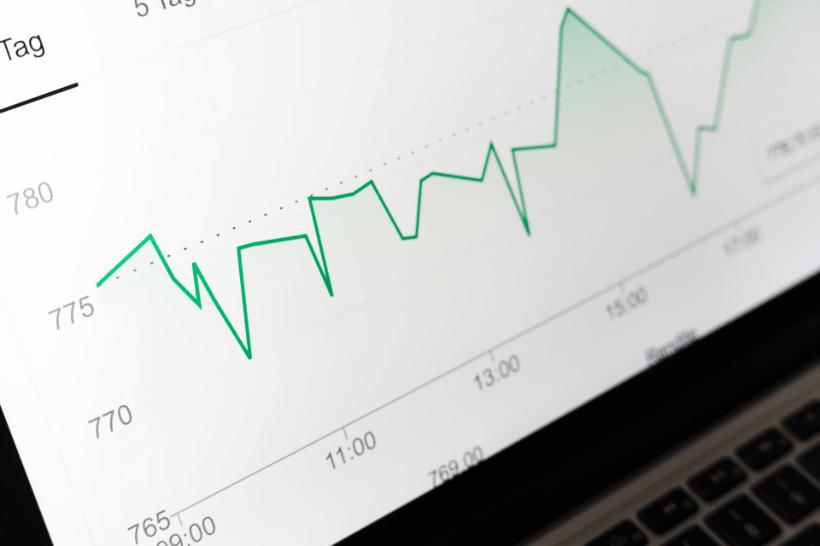 ホームページとブログはどっちがネット集客向き?